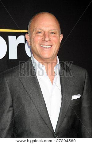 LOS ANGELES - DEC 7:  Chris Albrecht arrives at the Premiere Of Encore's