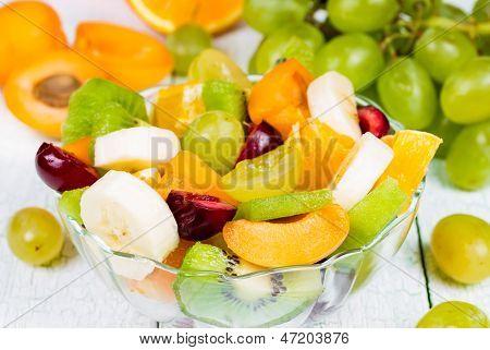 Salat von frischen Früchten