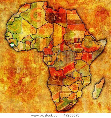 Serra Leoa no mapa real da África