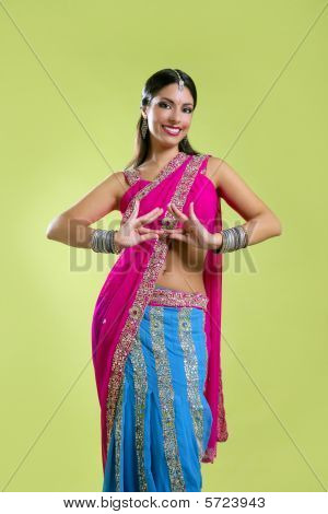 Brunette indian dancer princess Bollywood style