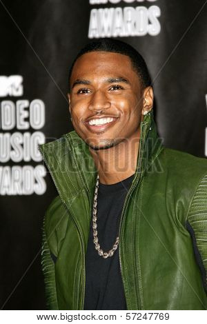 Trey Songz at the 2010 MTV Video Music Awards Press Room, Nokia Theatre L.A. LIVE, Los Angeles, CA. 08-12-10 at the 2010 MTV Video Music Awards, Nokia Theatre L.A. LIVE, Los Angeles, CA. 08-12-10
