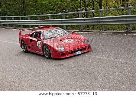 Ferrari F40 In Mille Miglia 2013
