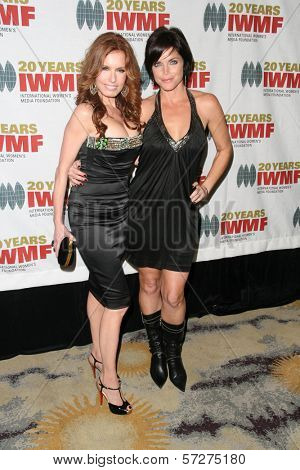 Tracey E. Bregman and Lesli Kay  at the 2010 Courage in Journalism Awards, Beverly Hills Hotel, Beverly Hills, CA. 10-21-10
