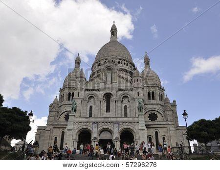 PARIS,FRANCE-AUGUST19-Sacre Coeur Basilica in Paris