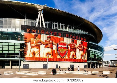 Visitors on the outside of The Emirates Stadium