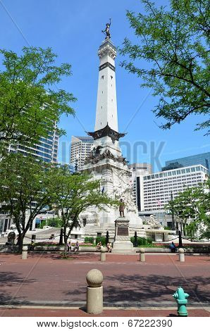 Indiana Soldiers' And Sailors' Monument