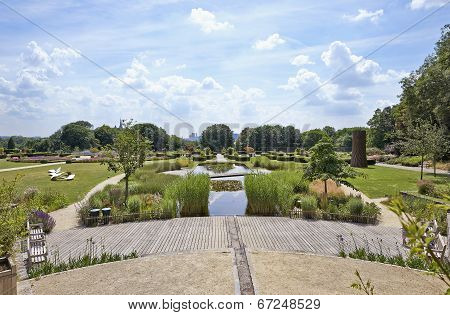 Public Garden Called