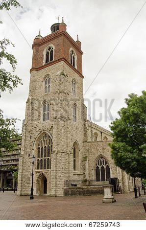 St Giles Cripplegate church, London