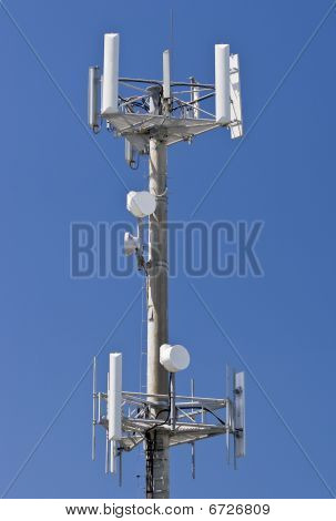 High telecommunications transmitter