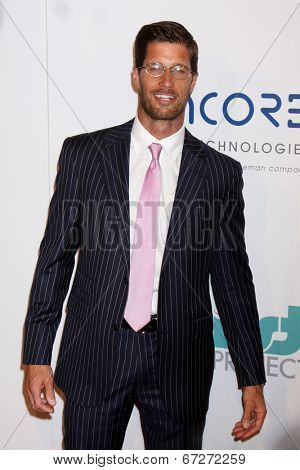 LOS ANGELES - JUN 24:  RIb Hillis at the 5th Annual Thirst Gala at the Beverly Hilton Hotel on June 24, 2014 in Beverly Hills, CA