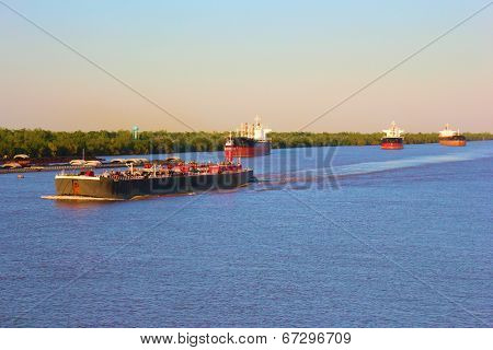 Barge on Mississippi