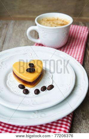 Mocca Cake Heart-shaped