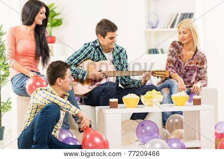 Hanging Out With Guitar