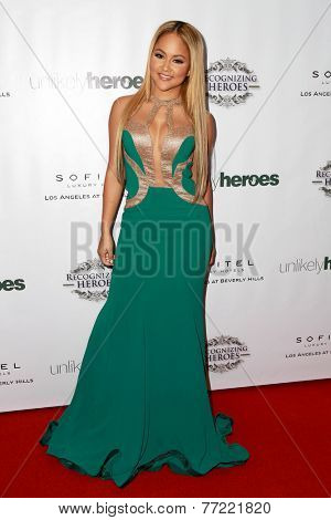 LOS ANGELES - NOV 8:  Kat DeLuna at the 3rd Annual Unlikely Heroes Awards Dinner And Gala at the Sofitel Hotel on November 8, 2014 in Beverly Hills, CA
