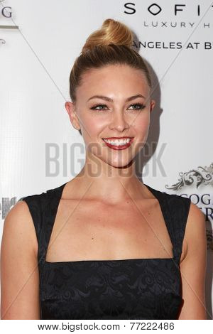 LOS ANGELES - NOV 8:  Courtney Hope Turner at the 3rd Annual Unlikely Heroes Awards Dinner And Gala at the Sofitel Hotel on November 8, 2014 in Beverly Hills, CA
