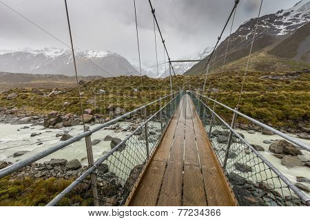 Bridge Over Hooker River In Aoraki National Park New Zealand