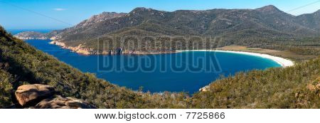 Wineglass Bay - Pristine Secluded Beach & Turquoise Blue Waters