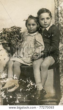 GERMANY, CIRCA 1930s - Vintage photo of brother and sister