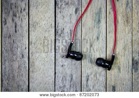 Earphones Put On Wood Plank, Life Style Background