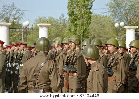 Soldiers in uniform of the Soviet army