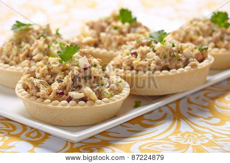 Salad with cod liver, eggs and onion