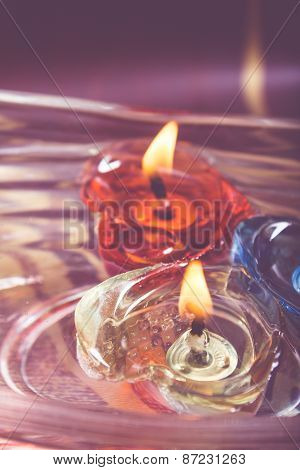 Floating Burning Candles In Glass Bowl - Retro Effect