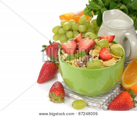 Natural Muesli With Strawberries And Grapes