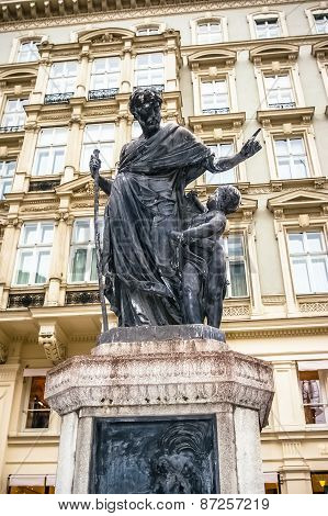 View On Statue In Vienna