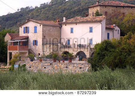 French Rural Architecture In The Department Of Gard
