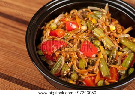 warm vegetable salad with sesame