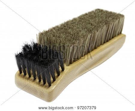 Brush to clean the shoes
