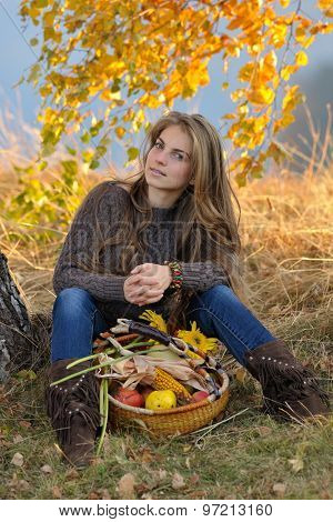 young caucasian woman outdoor in autumn