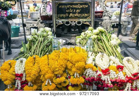 Offering of flowers in Wat Phra Kaew, Emerald Buddha Temple
