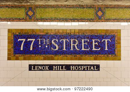 77Th St Subway Station - New York City