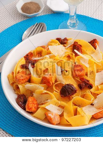Pasta Collection - Fettuccine With Dried Tomatos