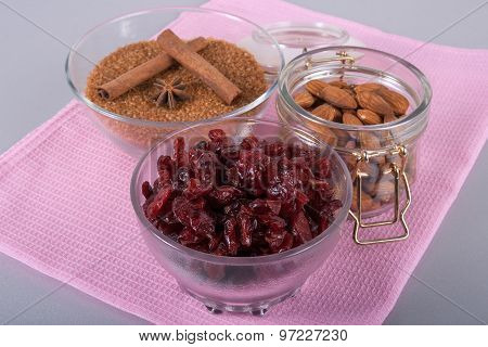 Dried Cranberries, Almonds, Brown Sugar And Cinnamon