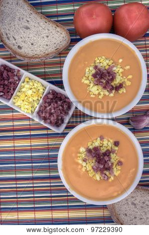 Salmorejo Vertical Overhead Left Down