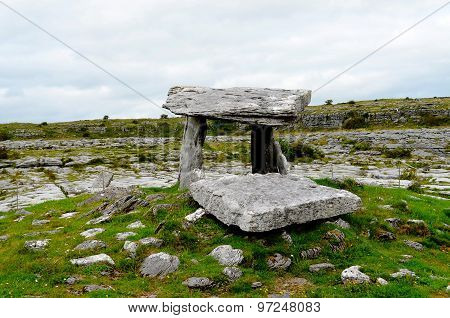 Dolmen in the Burren (Ireland)