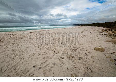 Freycinet Friendly Beach