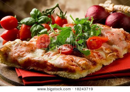 Pizza Arugula And Cherry Tomatoes