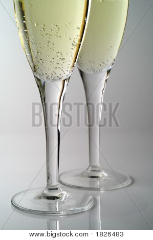 Champagne Flutes (1)
