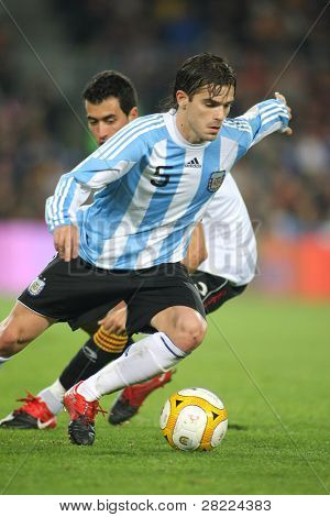 BARCELONA, SPAIN - DEC. 22: Argentinian player Fernando Gago in action during the friendly match between Catalonia vs Argentina at Camp Nou Stadium Dec. 22, 2009 in Barcelona.
