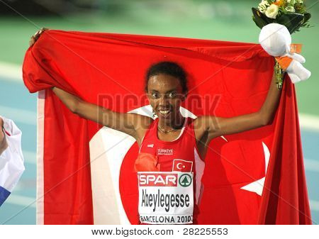 BARCELONA, SPAIN - JULY 28: Elvan Abeylegesse of Turkey celebrates after  Women 10000m final on the 20th European Athletics Championships at the Olympic Stadium on July 28, 2010 in Barcelona, Spain