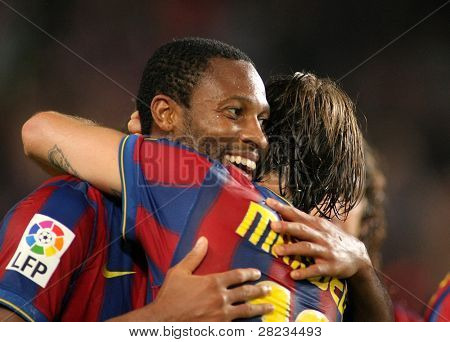 BARCELONA - OCTOBER 25: Malian Midfielder Seydou Keita of Barcelona celebrates goal during Spanish league match, Barcelona vs Zaragoza at the New Camp Stadium on October 25, 2009 in Barcelona, Spain.