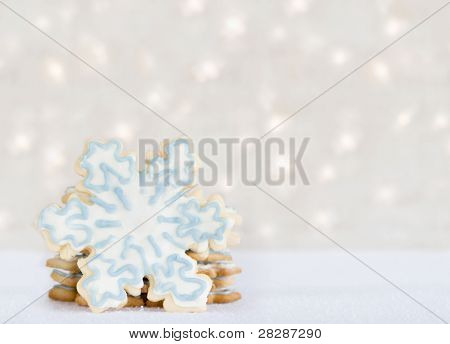 iced snowflake cookies - winter treat