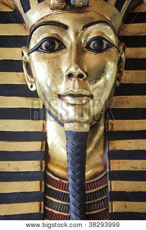 Egípcio rei Tut ouro máscara da morte