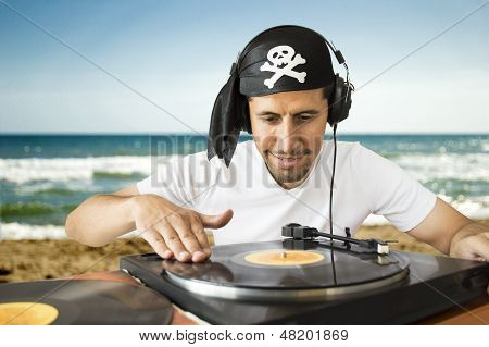 Dj Mixing  Pirate On The Beach