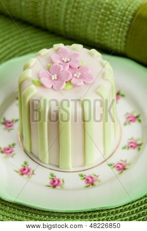 Luxury Decorated Mini Cake