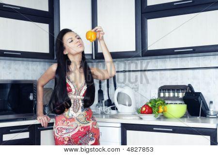 Dona de casa com pimenta