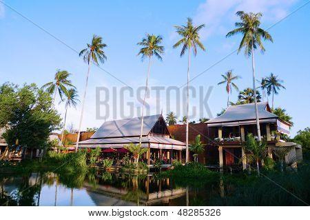 The beautiful Anantara Phuket Villas hotel in Thailand